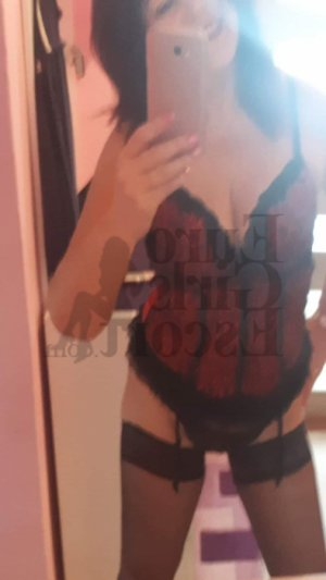 Chanaze erotic massage & escort girl