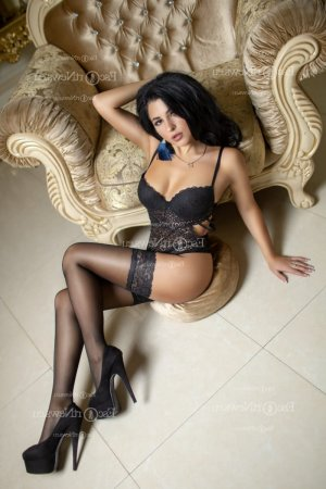 Fabiene erotic massage & escort girls