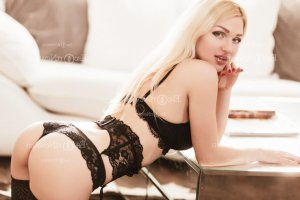Edelyne escort girl