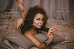 Sarah-lou escorts in Lewisville & massage parlor